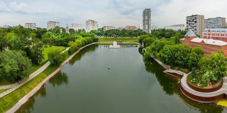 Роспотребнадзор опубликовал результаты проверки воды в московских водоемах