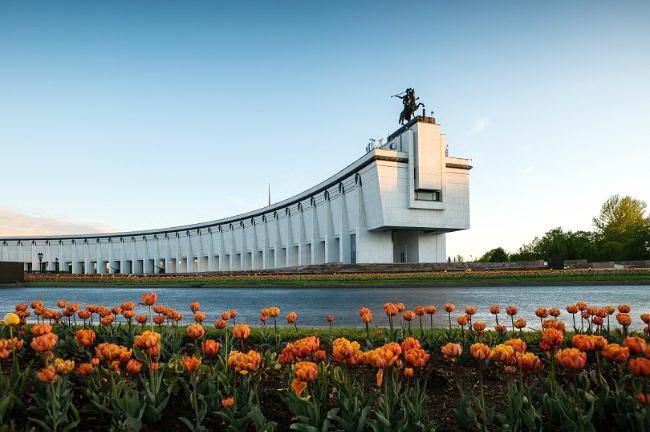 Праздник в двух форматах. Музей Победы приглашает всех отметить День семьи, любви и верности