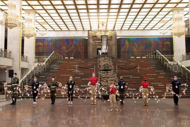 18 октября в музее Победы стартовала Неделя памяти в рамках акции «День белых журавлей»
