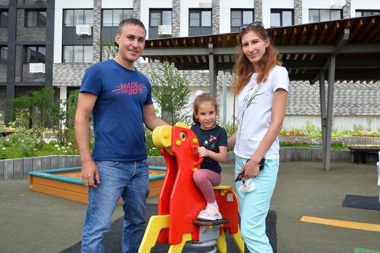 Сергей Собянин встретился с новосёлами первого дома, построенного по программе реновации в Солнцеве