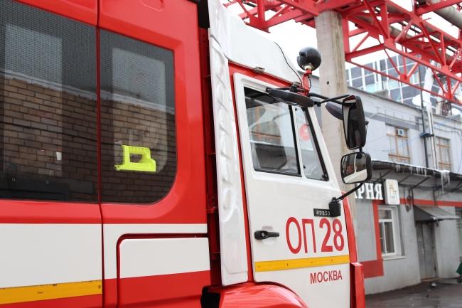 Пожарные ЗАО ликвидировали возгорание в административном здании на Бережковской набережной