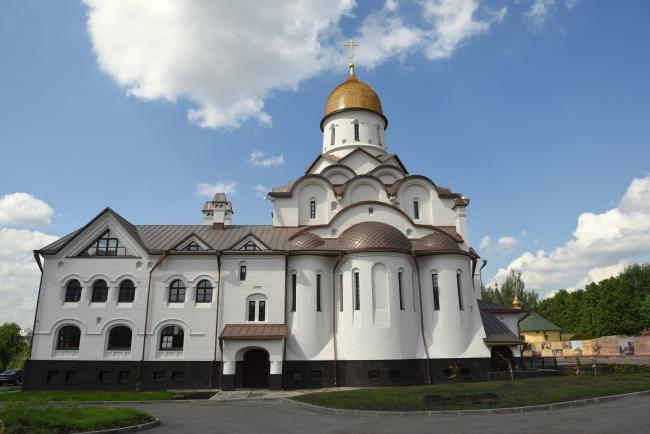 Маски, перчатки, разметка: православные храмы ЗАО готовы открыть двери для молящихся