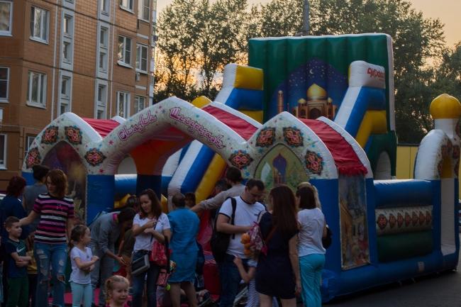 В районе Очаково-Матвеевское открыли новый сквер