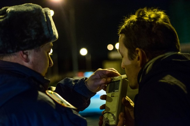 Полицейские ввыходные словили 16 нетрезвых водителей