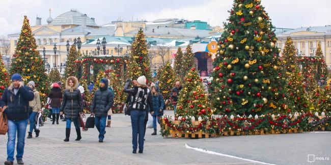 Предновогодняя программа отменена в столице России из-за происшествия надороге наСлавянском бульваре
